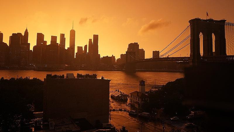 Emelkedéssel nyitott New York