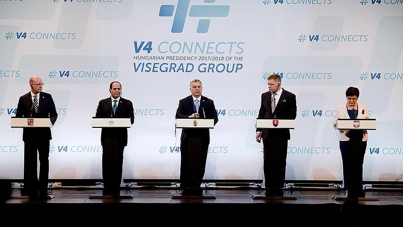 Öten tartották a V4 sajtótájékoztatót