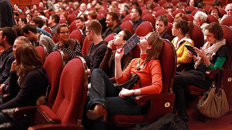 Pénzt is lehet nyerni egy magyar színházban - új kezdeményezés