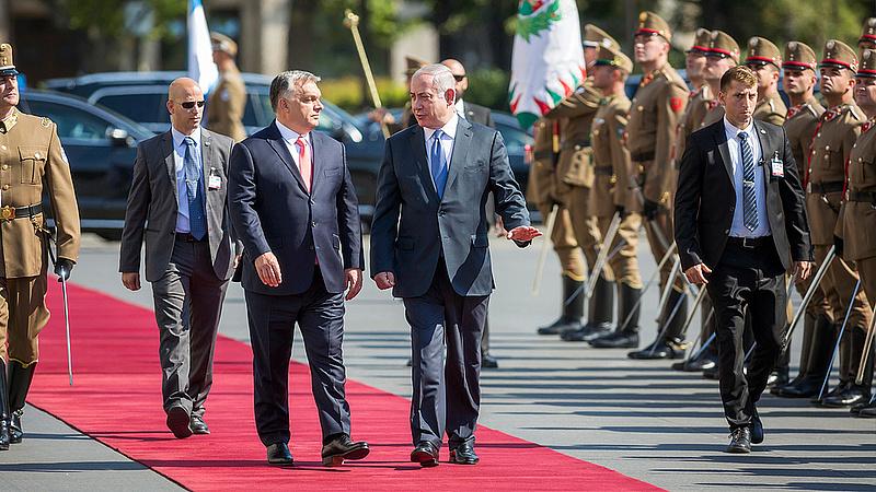 Elfelejtették kikapcsolni a mikrofont - így szivárgott ki, miről beszélgetett Orbán és Netanjahu