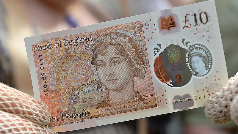 Nem változtatott alapkamatán a brit jegybank