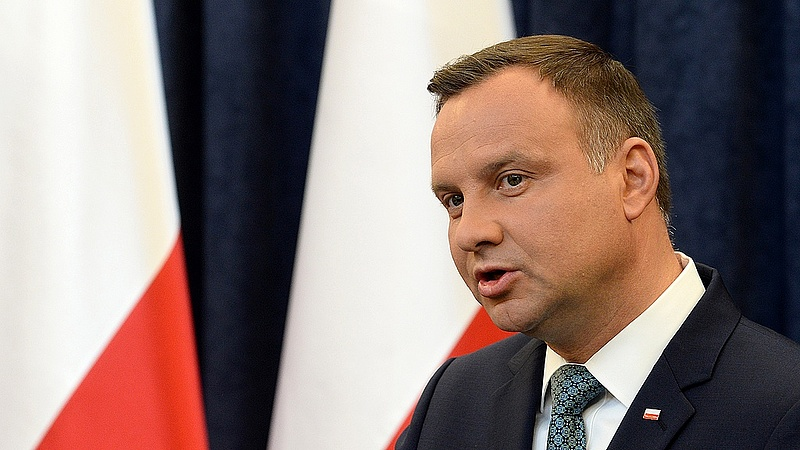 """""""Bomlik az EU"""" - megszólalt a lengyel elnök"""