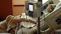 Kiakadtak a betegszervezetek - elfogadhatatlan, hogy a rákos betegeken kezdi a spórolást a kormány