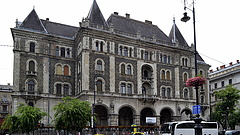 Tovább késik Budapest ikonikus épületének felújítása