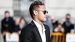 Neymar elbújhat Mészáros Lőrinc mögött