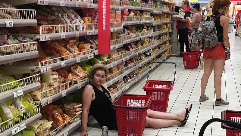 Fordulatot hoz a nyár a magyar boltokban