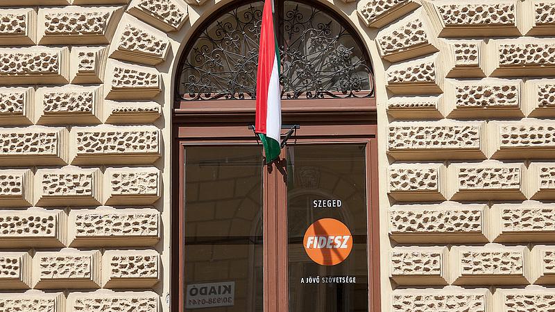 Külföldi sajtó: Orbán harmadik elsöprő győzelme előtt áll