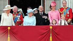 Máris nagy kihívás elé került az újszülött brit királyfi