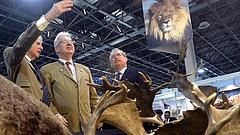 Dől a pénz a vadászati világkiállításba