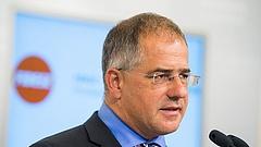 Miniszter lesz Kósa Lajos októbertől