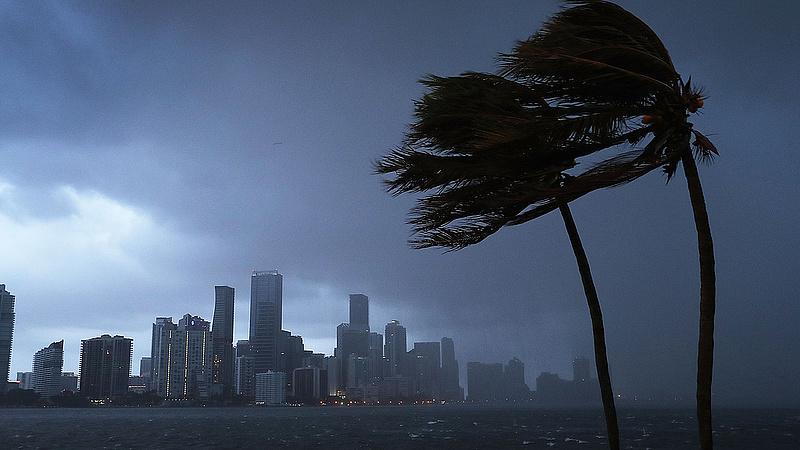 Váratlan adat jött az USA-ból - ezt is a hurrikánok számlájára írják