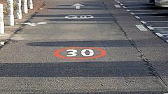 Elég volt - jön a brutális sebességkorlátozás a városokban?