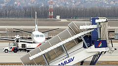 Újabb magyar repülési cég megy csődbe