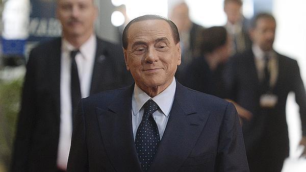Silvio Berlusconi megúszta az unga-bunga ügyet