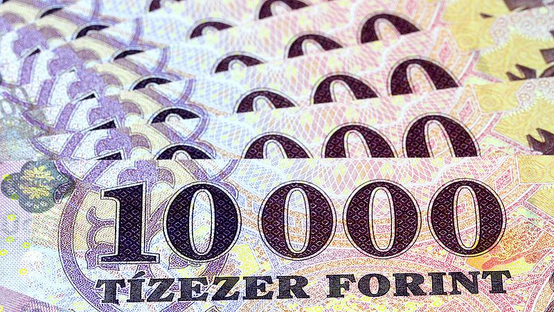 Ismét 320 forint közelében az euró árfolyama
