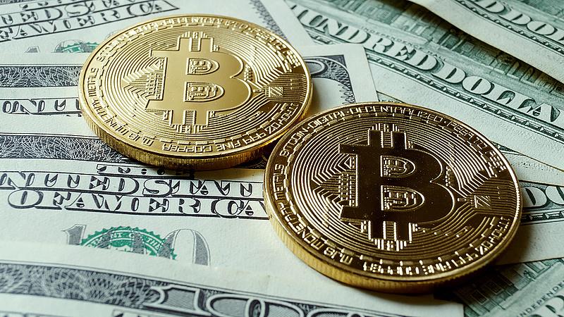 Új történelmi csúcsra emelkedett a bitcoin árfolyama