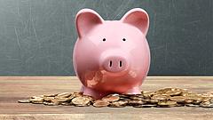 Elszállt a hiány - a pénz 14 százalékát elköltöttük