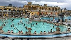 Két részre szakadt az idei nyár - jelentettek a magyar fürdők