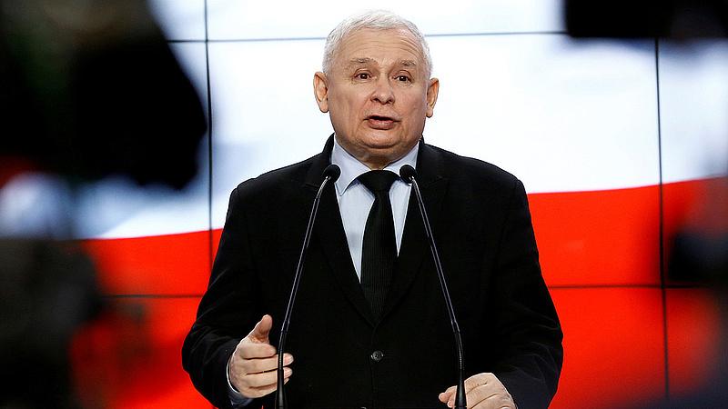 Sötét felhő tornyosul Kaczynski feje fölé