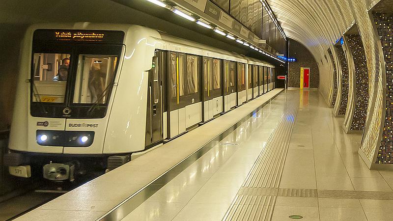 Helyreállt a közlekedés a M2-es metró vonalán