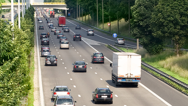 Autópályadíj: eurótízmilliókat bukik Németország