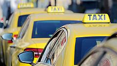 Nagy változás jöhet a taxis cégeknél - érdekes dolgok derültek ki