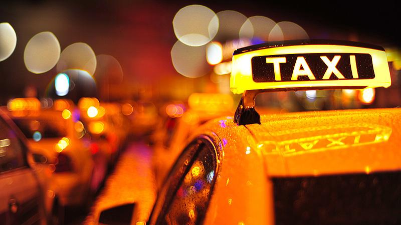 Nagy változás jön a pesti taxisoknál