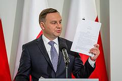 A lengyel elnök új javaslattal állt elő - megússzák a legrosszabbat?