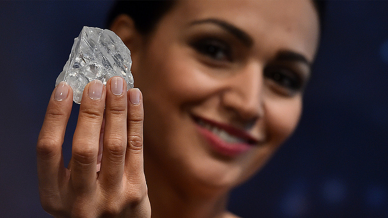 Tizennégymilliárdért kelt el az óriási gyémánt
