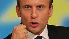 A kormányszóvivő lett a pártelnök Macronéknál