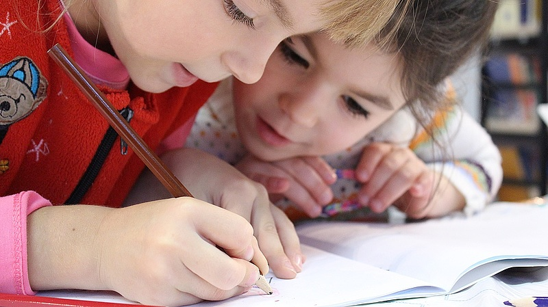 Jön a megemelt bér a pedagógusoknak