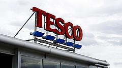 A Tesco hadat üzent a készpénznek