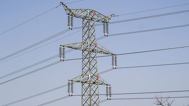 Egyre több áramot fogyasztanak a magyarok