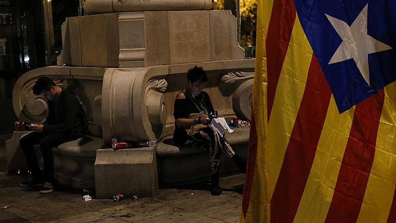 Megállt az élet Katalóniában