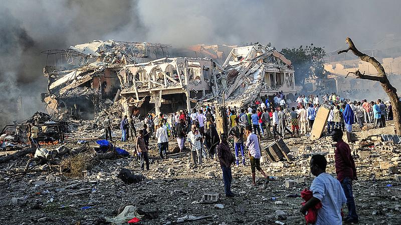 Merénylet volt Szomália fővárosában - 189 halálos áldozat