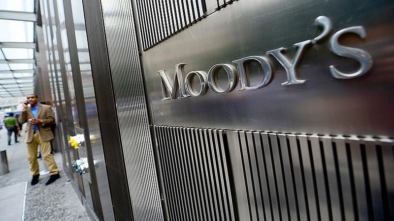 Stabilra váltott Magyarország a Moody's-nál, a hitelminősítő 2022-ben 5,1 százalékos növekedést vár