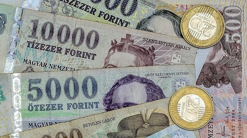 Az államháztartás első tízhavi hiánya 1418,2 milliárd forint