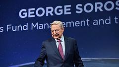 Soros nekiment a Facebooknak és a Google-nak