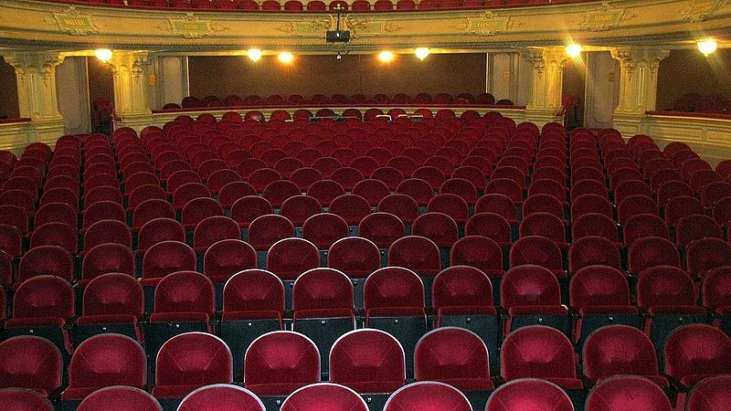 Megszűnhet a színházak tao-támogatása