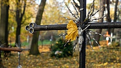 Halottak napja - erre számítson, ha temetőkbe látogat!