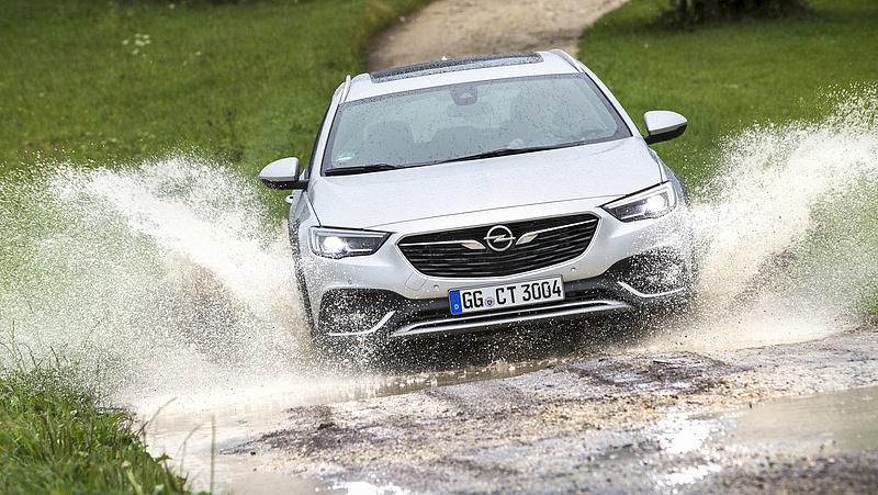 Nagy bejelentést tett az Opel