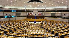Kisebb lesz az Európai Parlament - ennyi helyet kapnak a magyarok