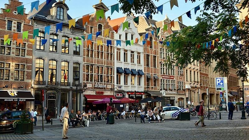 Lassul a járvány terjedése a Benelux-államokban