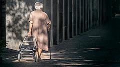 Kettészakadt a nyugdíjasok tábora, 2022-re még tovább nő a különbség