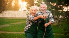 Jó hírt kapott 2 millió nyugdíjas - döntött a kormány a számokról
