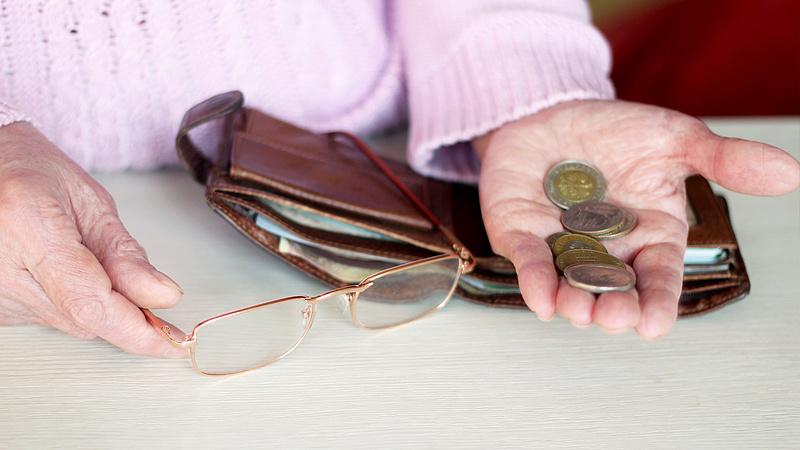Nyugdíjak: ilyen máshol nem nagyon van - meghökkentő adatok