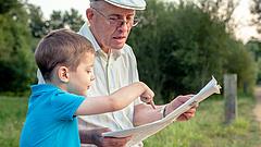 Csökkenhet a kezdő nyugdíj, ha lejtőre kerülnek a bérek - itt vannak a magyar rendszer problémái