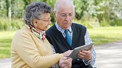 Váratlan aggályok a nyugdíjasok rezsiutalványa körül - tényleg mindenki megkapja?