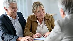 Meghátrál a kormány a nyugdíjasok előtt