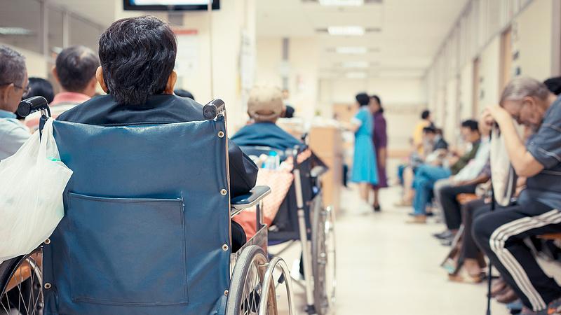 Robbant a kórházak adósságállománya - ez már a legrosszabb időket idézi
